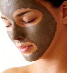 Glinka marokańska Rhassoul - bogactwo minerałów dla skóry